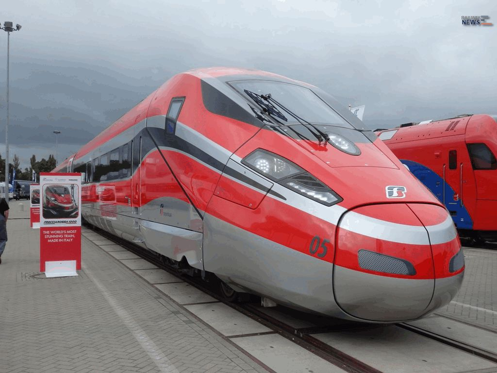 UIC Participates in Demonstration Run on New Frecciarossa 1000 Italian HST between Rome and Milan