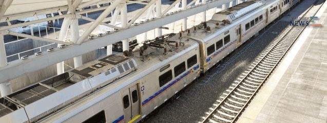 First of Fluor's Eagle P3 Project Commuter Rail Cars Arrive in Denver