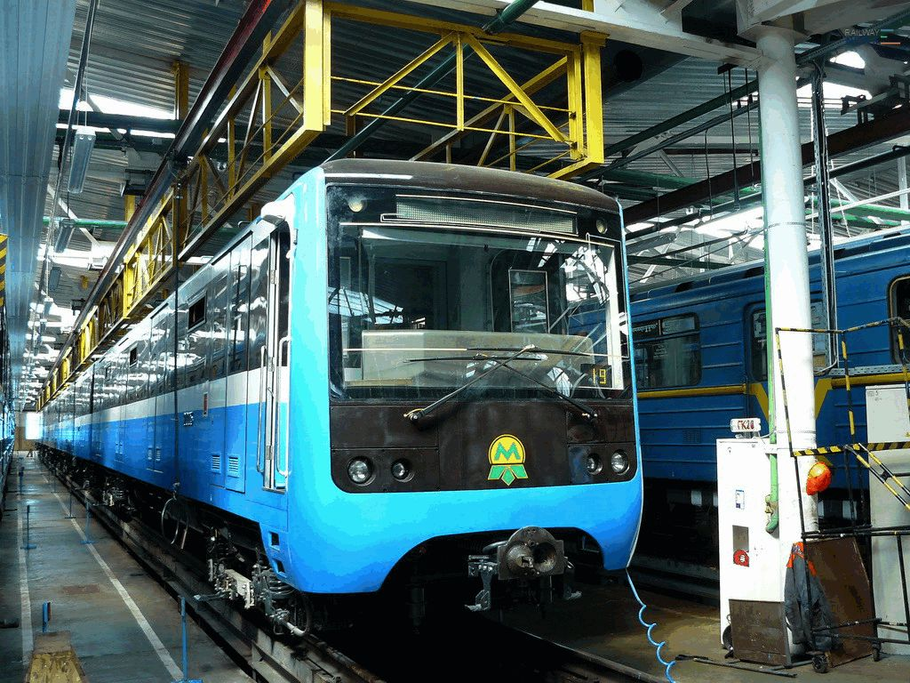 Metrowagonmash Signed a Contract with Kiev Metro Operator