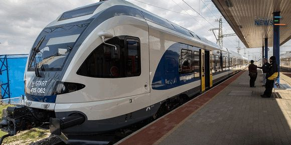 First FLIRT Train Delivers to Hungary